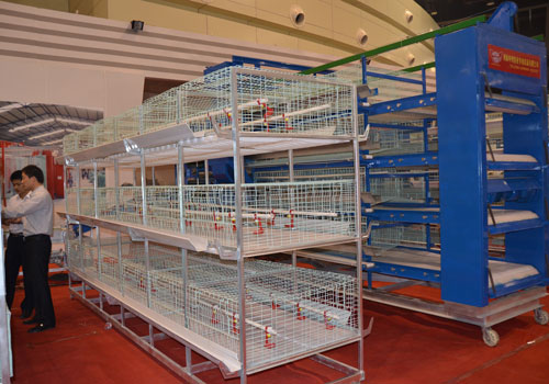 Стандартная конструкция клеток для цыплят
